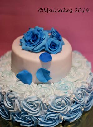 torta rose blu..